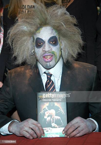 Dennis Rodman during Dennis Rodman Signs His Book 'I Should be Dead by Now' at Borders in New York City November 10 2005 at Borders Wall Street in...