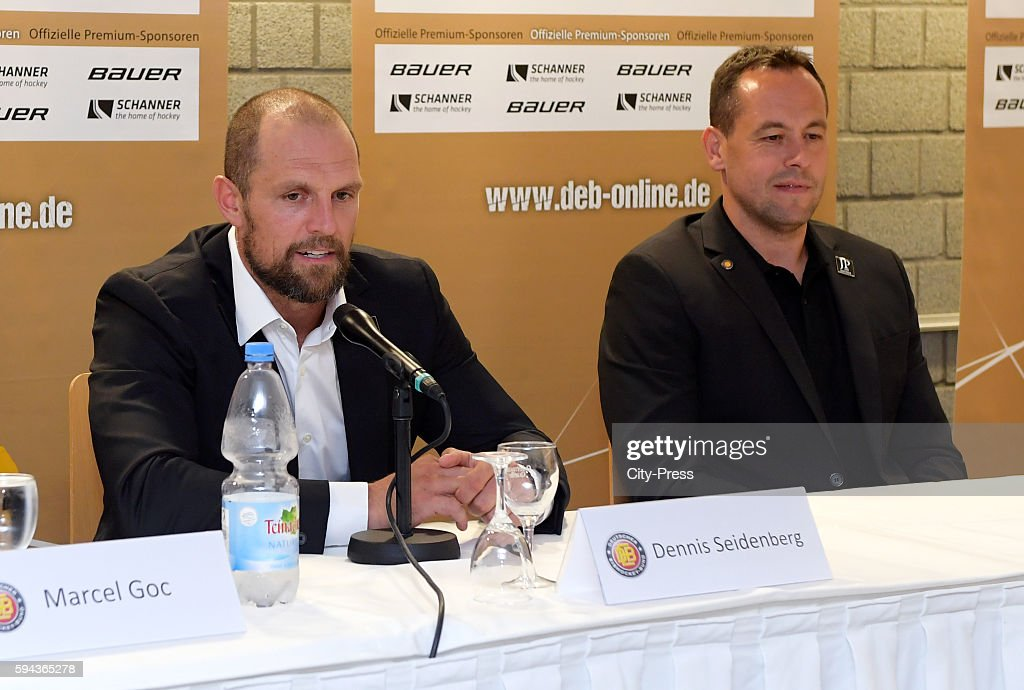 Dennis Seidenberg and coach Marco Sturm during a DEB press conference on August 23 2016 in Mannheim Germany