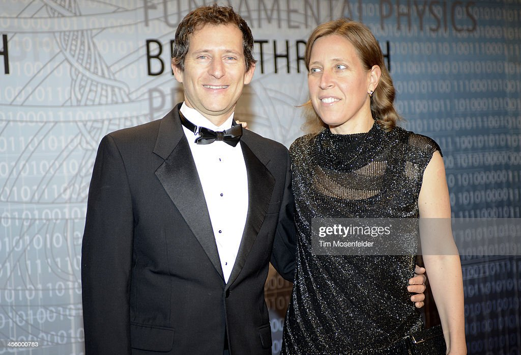 Dennis Troper (L) and Susan Wojcicki attend the Breakthrough Prize Inaugural Ceremony at Nasa Ames Research Center on December 12, 2013 in Mountain View, California.