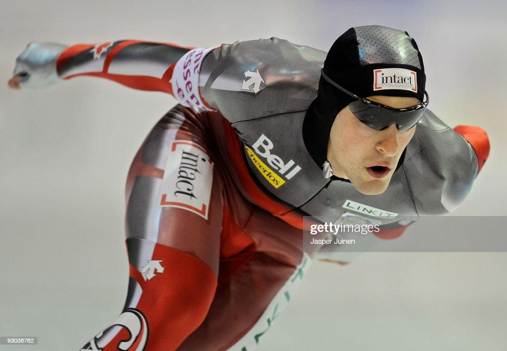 <a gi-track='captionPersonalityLinkClicked' href=/galleries/search?phrase=Denny+Morrison&family=editorial&specificpeople=726041 ng-click='$event.stopPropagation()'>Denny Morrison</a> of Canada competes in the 1500m race during the Essent ISU speed skating World Cup at the Thialf Stadium on November 13, 2009 in Heerenveen, Netherlands.