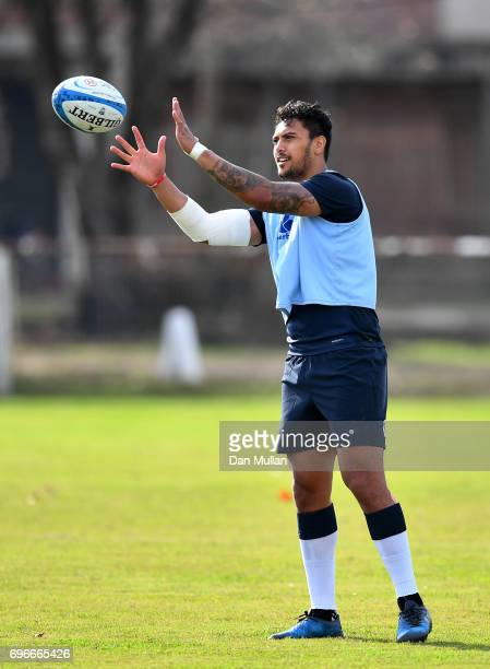 Denny Solomona of England recieves a pass during a training session at Club Universitario on June 16 2017 in Santa Fe Santa Fe