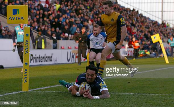 Denny Solomona scores a try during the Aviva Premiership match between Sale Sharks and Bristol Rugby at AJ Bell Stadium on January 1 2017 in Salford...