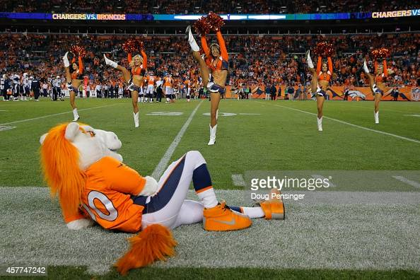 Denver Broncos Cheerleaders Stock Photos And Pictures