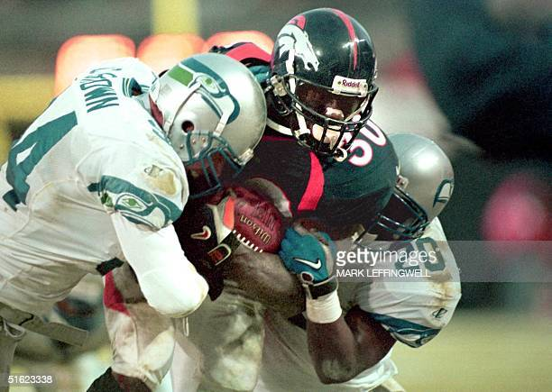 biography of terrel davis an american football running back  bulldog running back terrell davis was voted into the pro football hall-of-fame   but from 1996-98 davis was one of the best in nfl history.