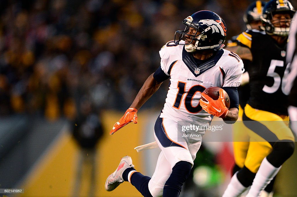 Denver Broncos wide receiver Emmanuel Sanders #10 pulls in a touchdown catch in the first half at Heinz Field in Pittsburgh, PA, December 20, 2015
