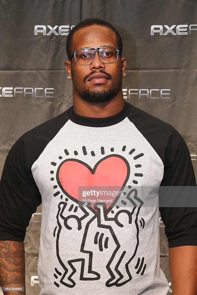 Denver Linebacker <a gi-track='captionPersonalityLinkClicked' href=/galleries/search?phrase=Von+Miller&family=editorial&specificpeople=7125735 ng-click='$event.stopPropagation()'>Von Miller</a> attends the AXE Facescore event at Drive-In Studio on March 5, 2013 in New York City.