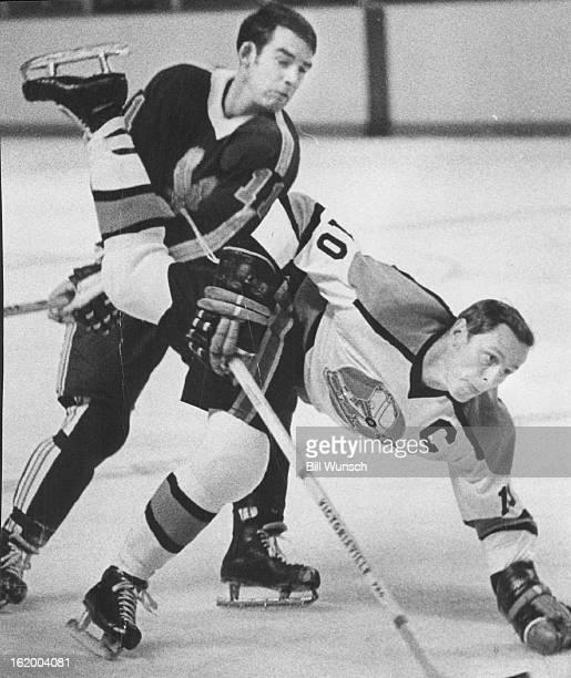 Denver Spurs Hockey Photos Et Images De Collection