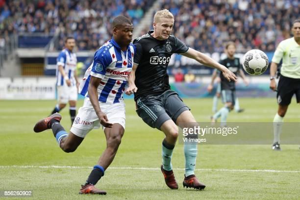 Denzel Dumfries of sc Heerenveen Donny van de Beek of Ajax during the Dutch Eredivisie match between sc Heerenveen and Ajax Amsterdam at Abe Lenstra...