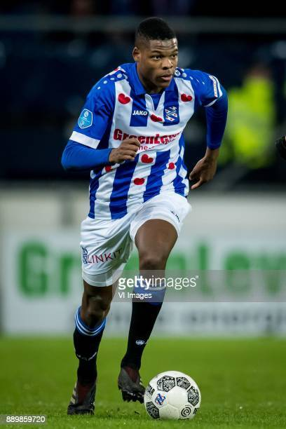 Denzel Dumfries of sc Heerenveen during the Dutch Eredivisie match between sc Heerenveen and VVV Venlo at Abe Lenstra Stadium on December 09 2017 in...
