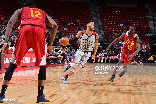 Denzel Valentine of the Chicago Bulls handles the ball against the Cleveland Cavaliers during the 2016 NBA Las Vegas Summer League game on July 17...