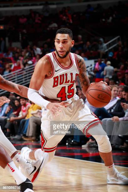 Denzel Valentine of the Chicago Bulls handles the ball against the Toronto Raptors on October 13 2017 at the United Center in Chicago Illinois NOTE...