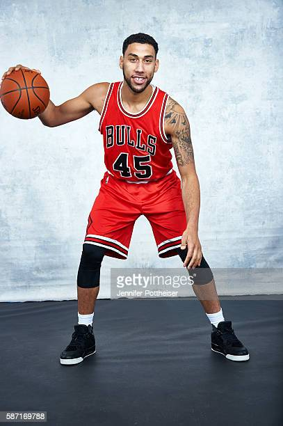 Denzel Valentine of the Chicago Bulls poses for a portrait during the 2016 NBA rookie photo shoot on August 7 2016 at the Madison Square Garden...
