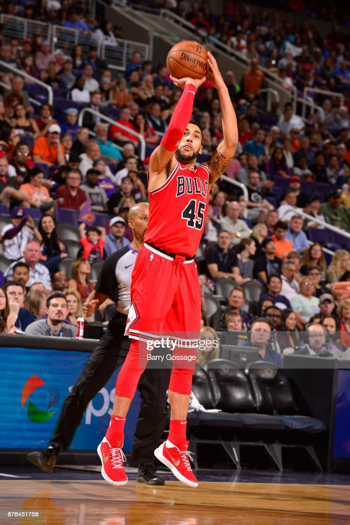 Denzel Valentine #45 of the Chicago Bulls shoots the ball against the Phoenix Suns on November 19, 2017 at Talking Stick Resort Arena in Phoenix, Arizona.