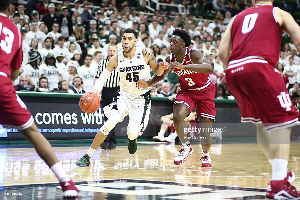 <a gi-track='captionPersonalityLinkClicked' href=/galleries/search?phrase=Denzel+Valentine&family=editorial&specificpeople=9980674 ng-click='$event.stopPropagation()'>Denzel Valentine</a> #45 of the Michigan State Spartans drives to the basket in the second half against OG Anunoby #3 of the Indiana Hoosiers at the Breslin Center on February 14, 2016 in East Lansing, Michigan.