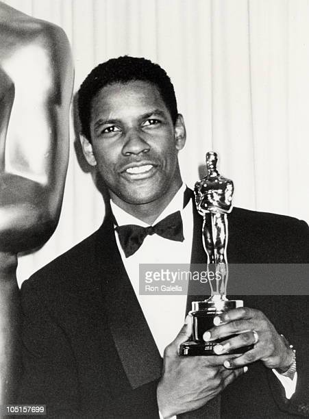 Denzel Washington during 62nd Annual Academy Awards at Music Center in Los Angeles California United States
