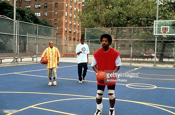Denzel Washington shoots hoops in a scene from the film 'He Got Game' 1998
