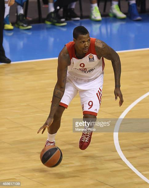 Deon Thompson #9 of FC Bayern Munich in action during the 20132014 Turkish Airlines Euroleague Regular Season Date 9 game between Unicaja Malaga v FC...