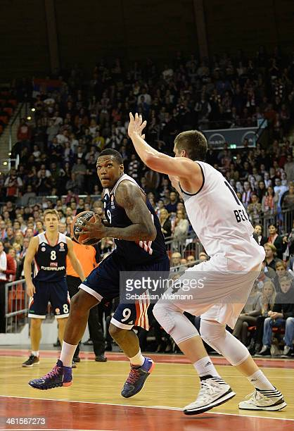 Deon Thompson #9 of FC Bayern Munich in action during the 20132014 Turkish Airlines Euroleague Top 16 Date 2 game between FC Bayern Munich v Partizan...
