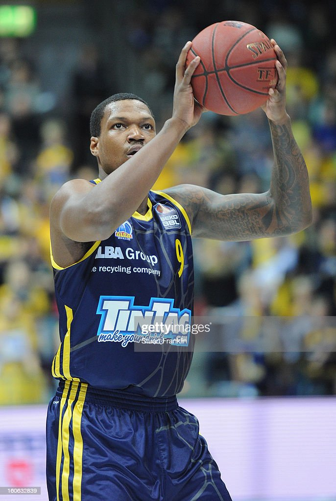 <a gi-track='captionPersonalityLinkClicked' href=/galleries/search?phrase=Deon+Thompson&family=editorial&specificpeople=4026290 ng-click='$event.stopPropagation()'>Deon Thompson</a> of Berlin in action during the BBL game between EWE Baskets Oldenburg and Alba Berlin at the EWE arena on February 3, 2013 in Oldenburg in Holstein, Germany.