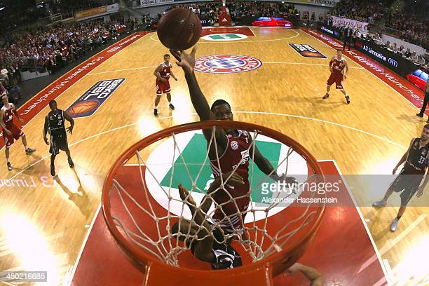 Deon Thompson of Muenchen scores a point during the Beko Basketball Bundesliga match between FC Bayern Muenchen and WALTER Tigers Tuebingen at...