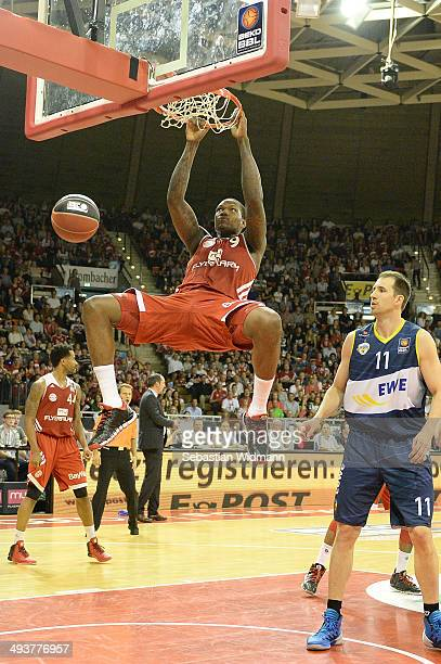 Deon Thompson of Munich dunks during game one of the 2014 Beko BBL Playoffs SemiFinal between FC Bayern Muenchen and EWE Baskets Oldenburg at...