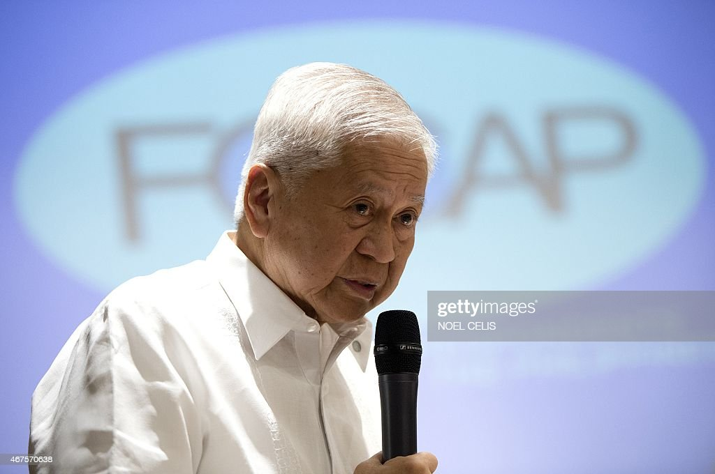 Department of Foreign Affairs (DFA) secretary <a gi-track='captionPersonalityLinkClicked' href=/galleries/search?phrase=Albert+del+Rosario&family=editorial&specificpeople=2704318 ng-click='$event.stopPropagation()'>Albert del Rosario</a> answers questions during the Foreign Correspondents Association of the Philippines (FOCAP) forum in Manila on March 26, 2015. The Philippines accused China on March 26 of seeking to take control of nearly the entire South China Sea with an expansionist agenda dominated by 'massive reclamation' works. AFP PHOTO / NOEL CELIS