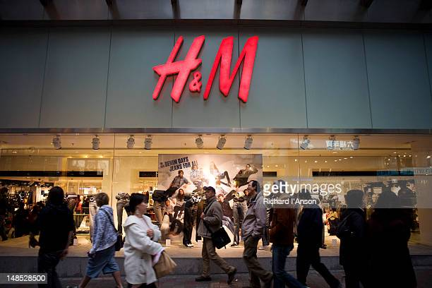 H & M department store on Queen's Road, Central.