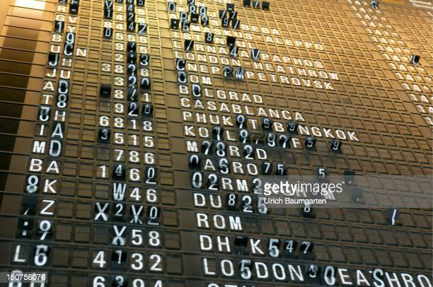 Departure / arrival board in the RheinMain airport Frankfurt