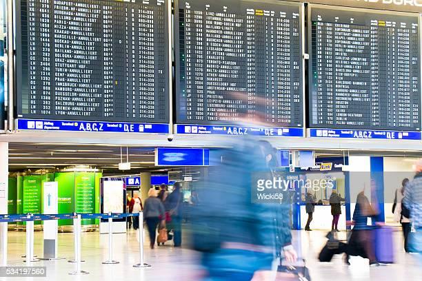 Départ et arrivée à repasser avec des vols annulés