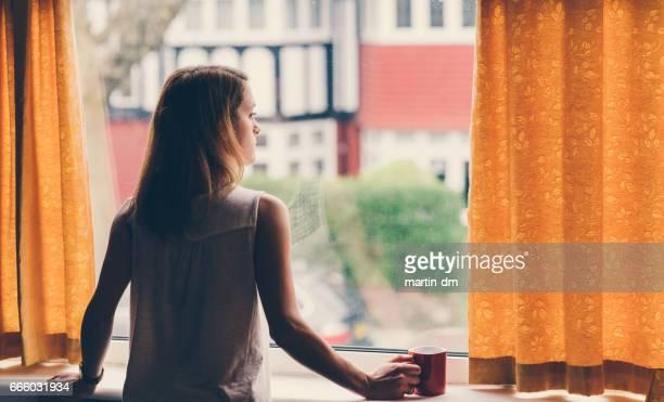 Depressive Frau zu Hause