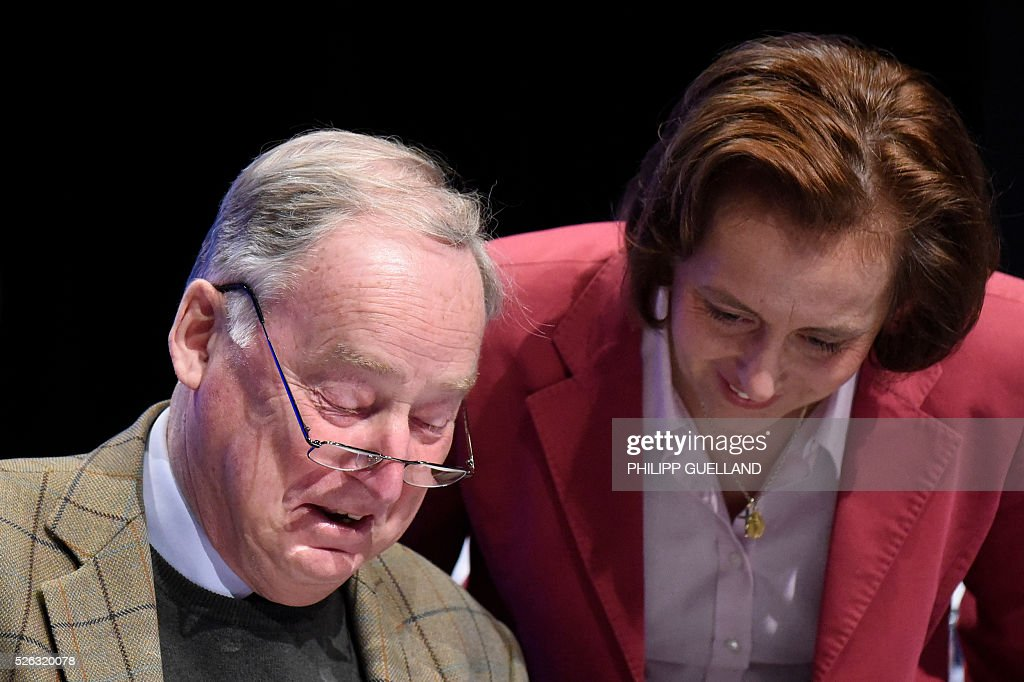 AFD deputy chairman Alexander Gauland (L) and AfD deputy leader Beatrix von Storch attend a party congress of the German right wing party AfD (Alternative fuer Deutschland) at the Stuttgart Congress Centre ICS on April 30, 2016 in Stuttgart, southern Germany. The Alternative for Germany (AfD) party is meeting in the western city of Stuttgart, where it is expected to adopt an anti-Islamic manifesto, emboldened by the rise of European anti-migrant groups like Austria's Freedom Party. / AFP / Philipp GUELLAND