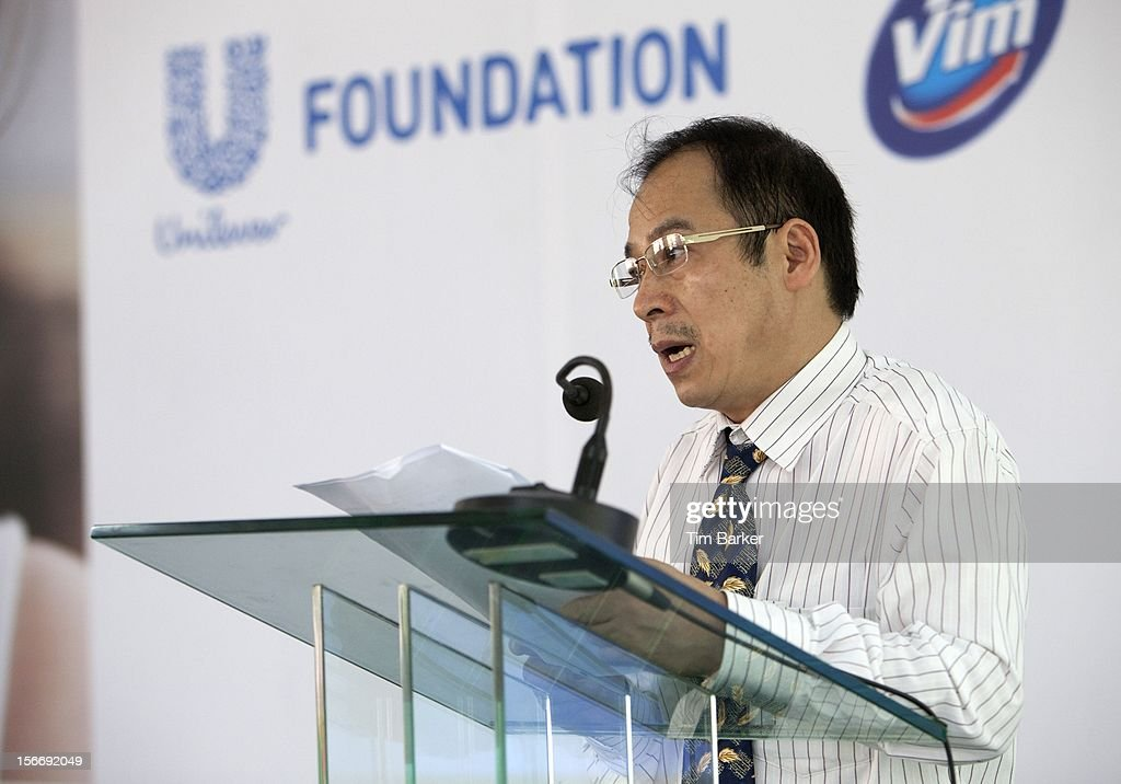 Deputy Director of Environmental Management Department at the Vietnam Ministry of Health Mr. Tran Dac Phu speaks at a media briefing for World Toilet Day on November 19, 2012 in Vinh Long, Vietnam.