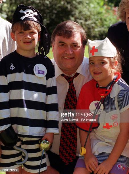 Deputy Prime Minister John Prescott with Jessica Froome and Max McCoy for the launch by The Children's Society and The Children's Play Council of...