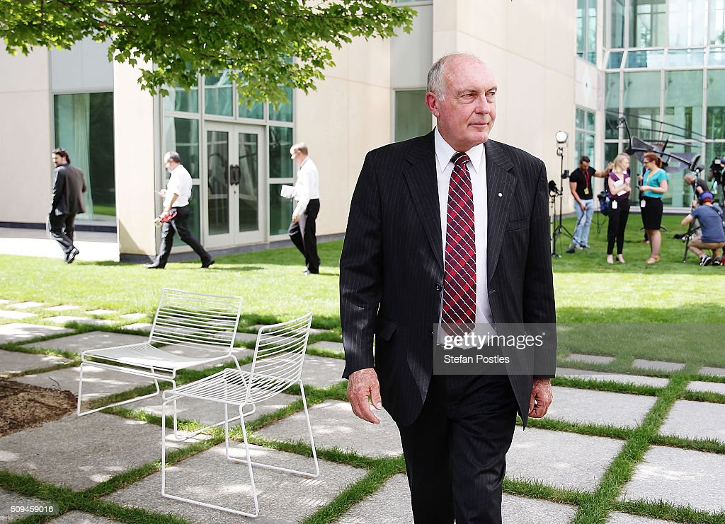 Deputy Prime Minister Warren Truss leaves a press conference where he spoke to the media about his retirement on February 11, 2016 in Canberra, Australia. Nationals Leader and Deputy Prime Minister Warren Truss and Trade Minister Andrew Robb will retire at the next election.