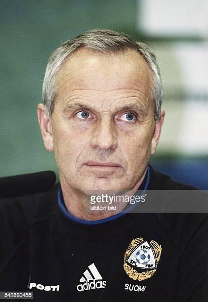 Der Däne Richard Moller Nielsen Trainer der finnischen FußballNationalelf