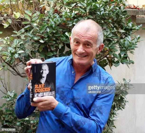 Der ehemalige MTV Moderator Ray Cokes aufgenommen bei der Präsentation von seinem Buch My Most Wanted Life in Berlin