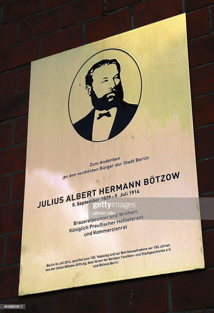 Der erfolgreiche Maler <a gi-track='captionPersonalityLinkClicked' href=/galleries/search?phrase=Neo+Rauch&family=editorial&specificpeople=5589887 ng-click='$event.stopPropagation()'>Neo Rauch</a> eroeffnet morgen seine Ausstellungin der historischen Boetzow Brauerei an der Prenzlauer Allee. Am Brauereigelaende kuendet eine Gedenktafel von Julius Albert Hermann Boetzow von der Geschichte zur Brauerei.