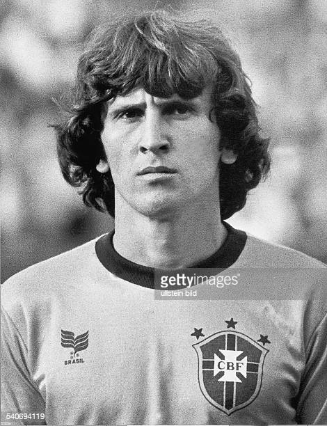 Der Fußballspieler der brasilianischen Nationalmannschaft Zico mit bürgerlichem Namen Arthur Antunes Coimbra während der WM 1982 in Spanien...