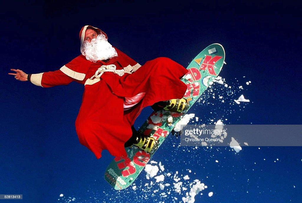 18.12.97, Der Weihnachtsmann auf dem Snowboard .-
