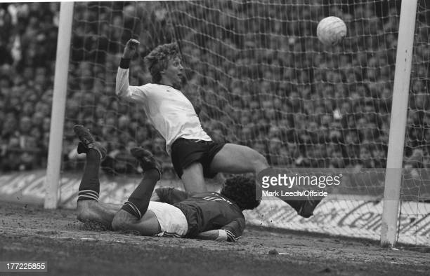Derby County v Nottingham Forest Derby defender Steve Wicks watches as Martin O'Neill heads the ball into the net