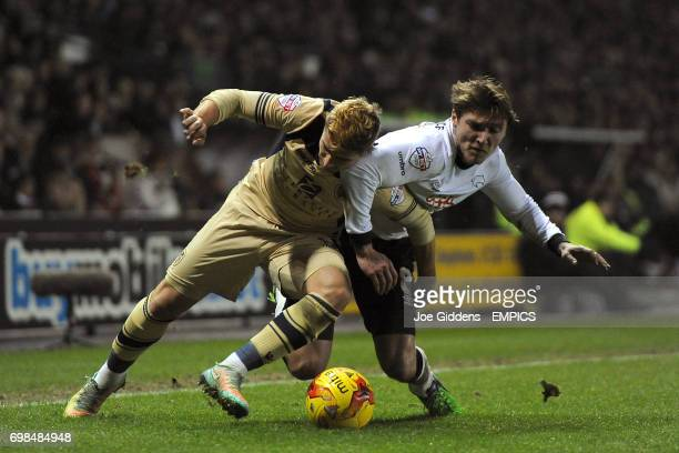 Derby County's Jeff Hendrick and Leeds United's Gaetano Berardi battle for the ball