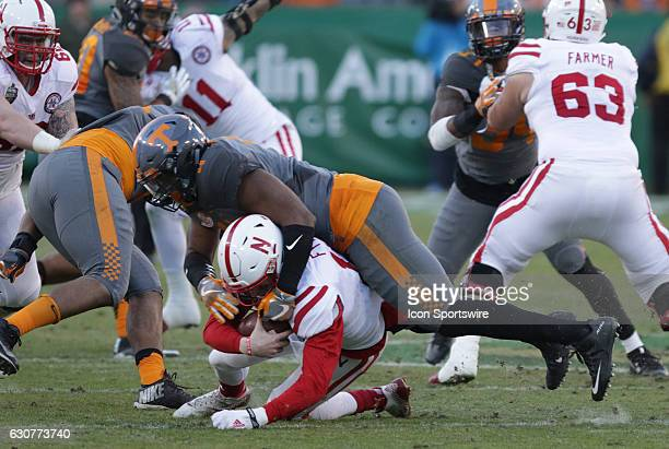 Derek Barnett Tennessee Volunteers defensive linemen sacks Ryker Fyfe Nebraska Cornhuskers quarterback on his way to breaking Reggie White's record...