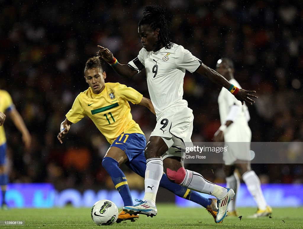 <a gi-track='captionPersonalityLinkClicked' href=/galleries/search?phrase=Derek+Boateng&family=editorial&specificpeople=535783 ng-click='$event.stopPropagation()'>Derek Boateng</a> of Ghana is tracked by Neymar of Brazil during the International friendly match between Brazil and Ghana at Craven Cottage on September 5, 2011 in London, England.