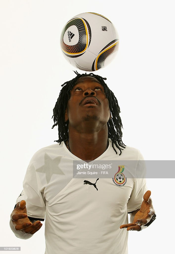 <a gi-track='captionPersonalityLinkClicked' href=/galleries/search?phrase=Derek+Boateng&family=editorial&specificpeople=535783 ng-click='$event.stopPropagation()'>Derek Boateng</a> #9 of Ghana poses during the official Fifa World Cup 2010 portrait session on June 8, 2010 in Johannesburg, South Africa.