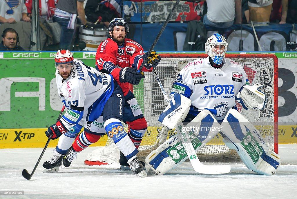 Eisbaeren Berlin v Schwenninger Wild Wings - DEL