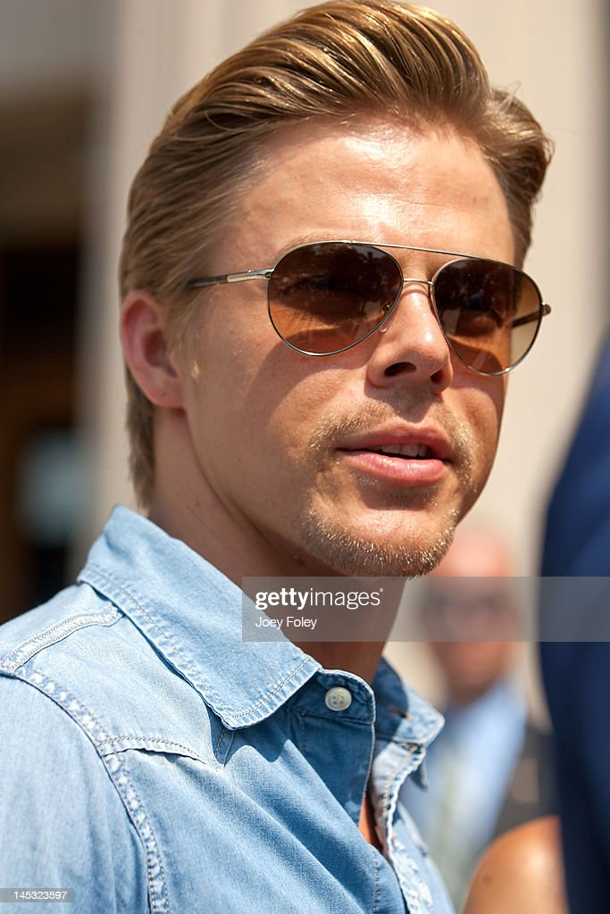 <a gi-track='captionPersonalityLinkClicked' href=/galleries/search?phrase=Derek+Hough&family=editorial&specificpeople=4532214 ng-click='$event.stopPropagation()'>Derek Hough</a> attends the IPL 500 Festival Parade on May 26, 2012 in Indianapolis, Indiana.