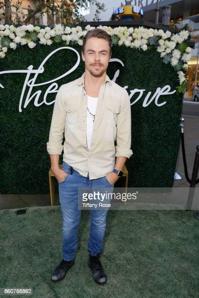Derek Hough hosts Paint Sip Help event with Mother Marriann Nelson to Benefit Children's Hospital Los Angeles at The Grove on October 12 2017 in Los...