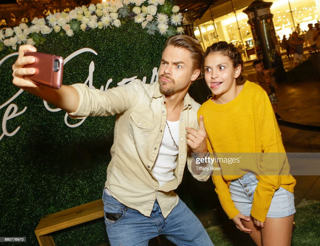 Derek Hough poses with a fan at the Paint & Sip & Help event with Derek Hough & Mother Marriann Nelson to Benefit Children's Hospital Los Angeles at The Grove on October 12, 2017 in Los Angeles, California.