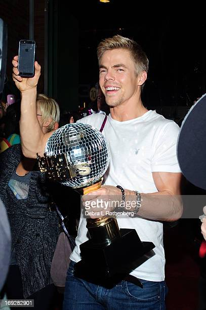 Derek Hough'Dancing With the Stars' winner visit ABC's 'Good Morning America' at ABC Studios on May 22 2013 in New York City