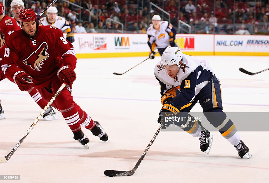 <a gi-track='captionPersonalityLinkClicked' href=/galleries/search?phrase=Derek+Roy&family=editorial&specificpeople=203272 ng-click='$event.stopPropagation()'>Derek Roy</a> #9 of the Buffalo Sabres skates with the puck during the NHL game against the Phoenix Coyotes at Jobing.com Arena on January 18, 2010 in Glendale, Arizona. The Sabres defeated the Coyotes 7-2.